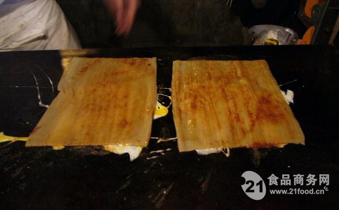培训内容:东北烤冷面全套核心技术,酱的制作,辅料制作,制作过程等   5