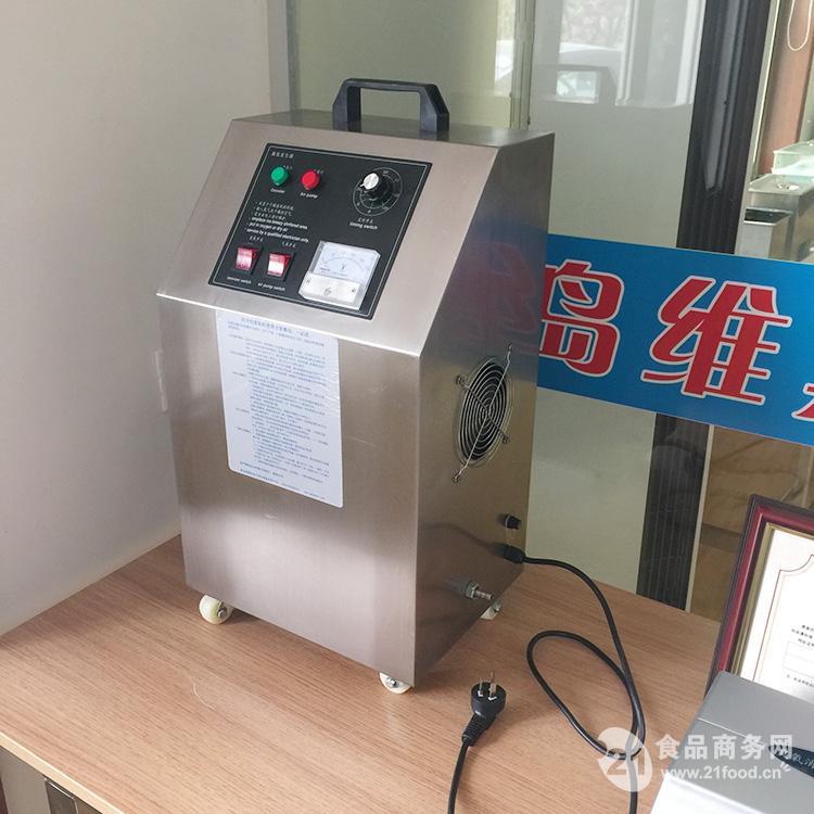该机为柜式一体机,将臭氧供气气源系统,臭氧发生器系统,冷却系统,电路