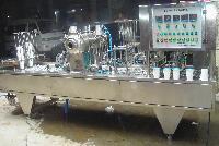 凸轮系统全自动果酱灌装封口机自立袋旋盖机
