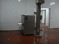SJR-300连续式冻肉绞肉机