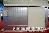 电动型聚氨酯冷库保温门