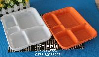 鑫泰一次性五格快餐盒,采用环保塑料PP材质+塑料盒盖