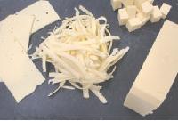 含纯奶酪的硬质替代奶酪的预混合料--含28%