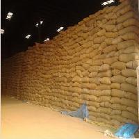 常年收购大量玉米碎米粕类等饲料原料