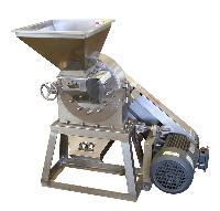 厂家直销冰片没药熟地磨粉机 打粉机 药用粉碎机