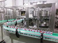 碳酸饮料苏打水饮料生产设备 含汽饮料2000瓶小苏打水饮料设备