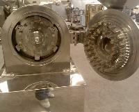 304不锈钢30b带除尘粉碎机 粮食粉碎机 中草药磨粉设备