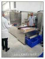 袋装酱料食品级微波杀菌设备、产量高、速度快