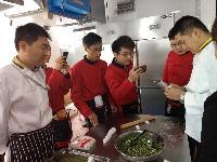 锅先森 加盟连锁 代理台湾卤肉饭 餐饮界的黑马