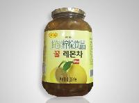 养生蜂蜜柠檬饮品