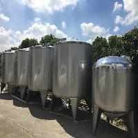 定制不锈钢储蓄罐、发酵罐、调配罐