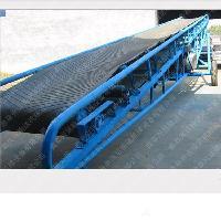 优质爬坡皮带输送机 带式装卸设备M5