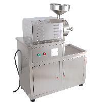 商场专用水冷式五谷杂浪磨粉机